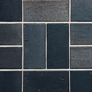 Клинкерная брусчатка Roben Schwabing schwarz-buntgeflammt, gefast, 200*100*40 мм